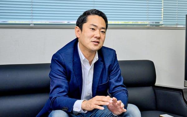 陸前高田市で10月末に三陸花火大会を開催した手応えを語る浅間さん