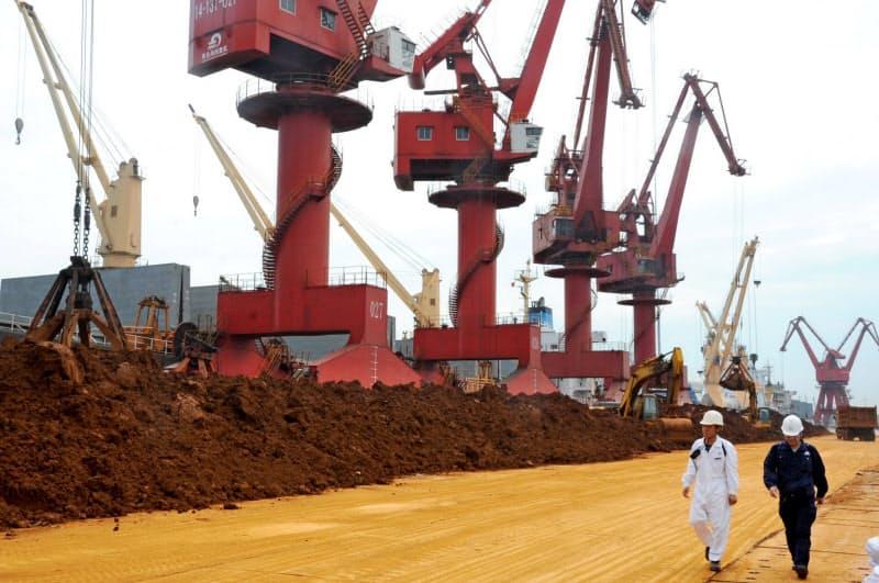 中国がレアアースなどの輸出管理を強化すれば、日本企業への影響は大きい=AP・Imaginechina