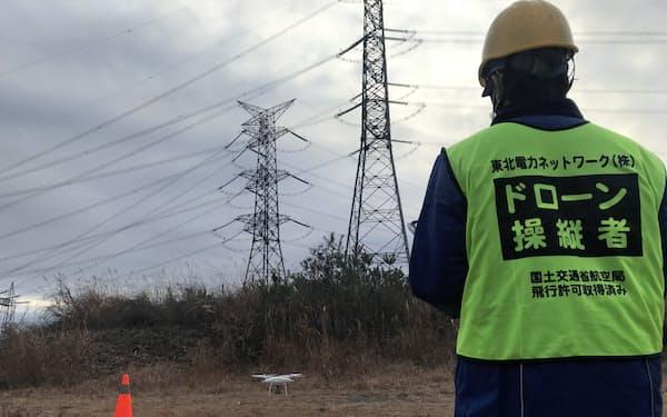 東北電力ネットワークのドローン操縦士育成のための実技教育(3日、宮城県加美町)