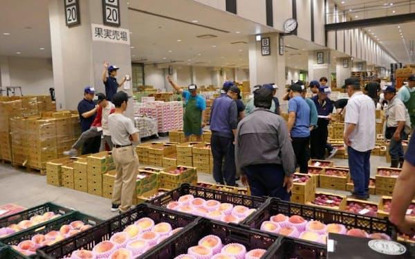 豊洲市場を拠点とする東京シティ青果は青果卸で業界4位につける
