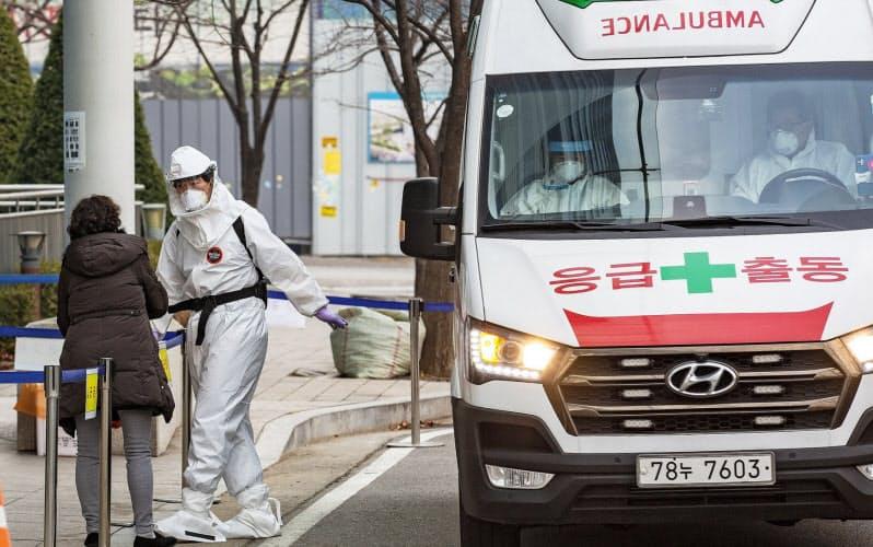 新型コロナの感染拡大に歯止めがかからなくなってきた(ソウル市内)