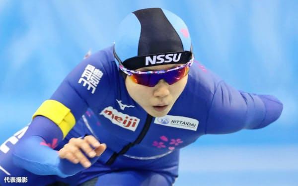 女子1500メートルで自身の国内最高を更新する1分52秒78で優勝した高木美帆=代表撮影