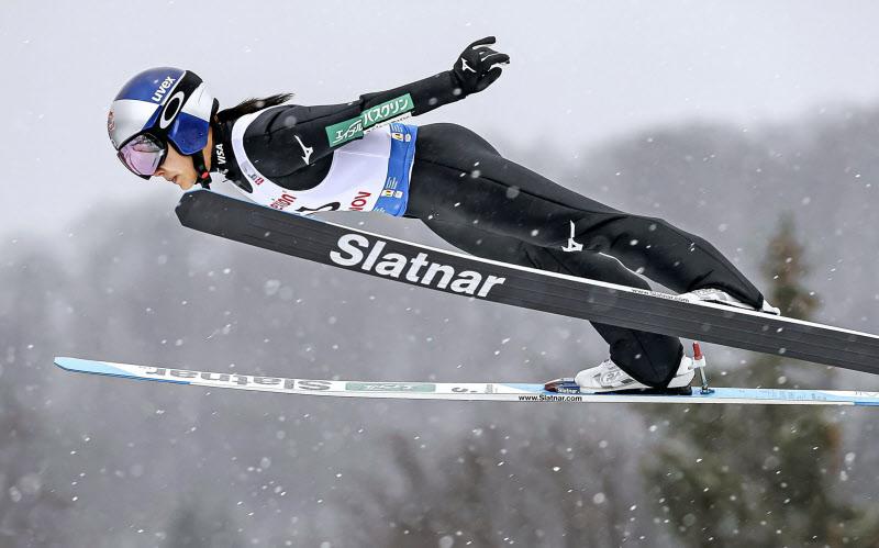 ジャンプ スーツ 規定 スキー