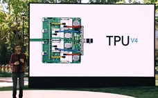 米中IT大手が独自の半導体チップ開発 AI時代に照準