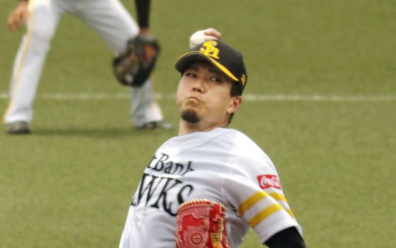 3軍の練習試合に登板したソフトバンク・千賀(17日、タマホームスタジアム筑後)=共同