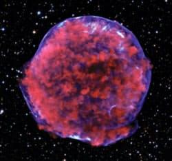天の川銀河内で起きた星の大爆発(超新星爆発)の残骸。研究グループは4次元宇宙でも星の大爆発が起きたと考えている。画像提供はNASA/CXC/Rutgers/K. Eriksen et al. and DSS