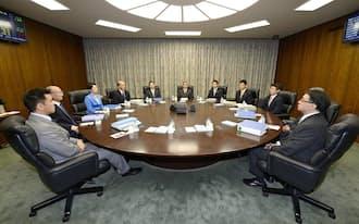 10月6~7日の会合では、「コアコア指数」の上昇一服が指摘された=共同