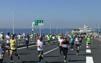 平常心を保ってレース本番に臨むことが快走につながる(ちばアクアラインマラソン2014)