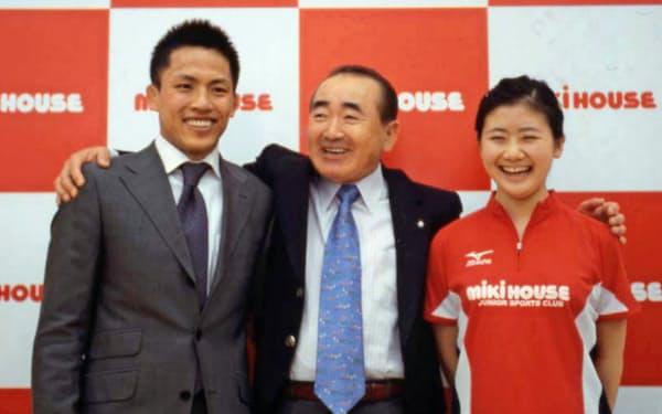 柔道の野村や卓球の福原ら多くの選手を支援してきた