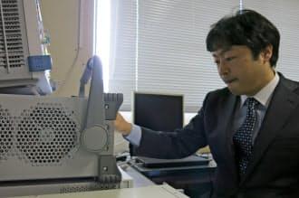 周波数共用など、次世代無線通信の研究開発を進めている京都大学の原田教授