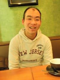 インタビューに答える熊坂学五段(29日、仙台市)