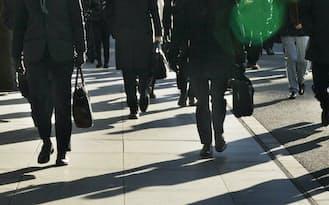 無価値な仕事に追われて「働きすぎ」の日本人が多い