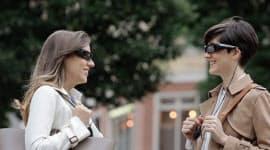 ソニーの透過式メガネ型ウエアラブル機器「スマートアイグラス」