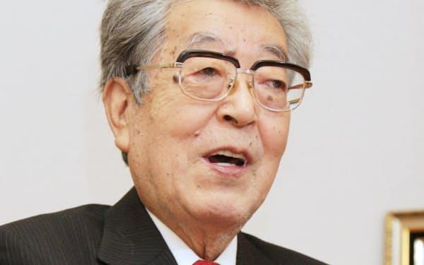 渡部恒三氏(2012年11月)