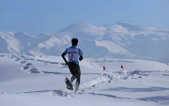 頂上周辺からは日本三霊山の白山が展望できた(石川県白山市)=スノーシューDAYS in白山実行委員提供、以下同