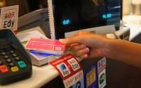 電子マネーの入金には、ポイントが付くクレジットカードを使いたい