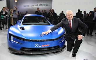 ヴィンターコーン氏は、年間の世界販売で1000万台の達成を目指した(2014年10月、パリ)