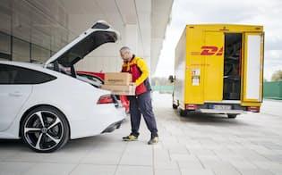 ドイツではアウディ車のトランクがアマゾンの受け取り拠点になり始めた
