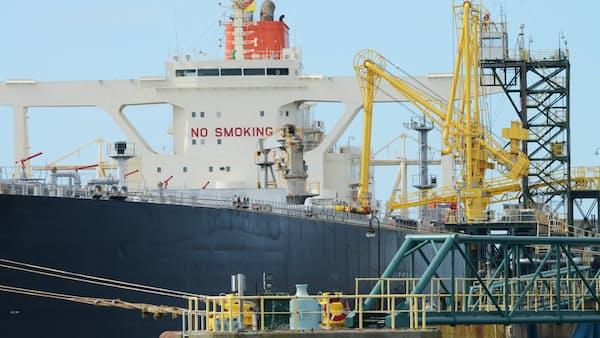 原油、米株と相関薄れる 生産調整期待で強気