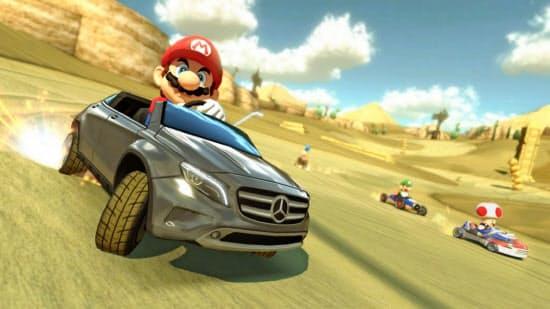 メルセデス・ベンツのテレビ広告に登場したスーパーマリオブラザーズ(C)Nintendo