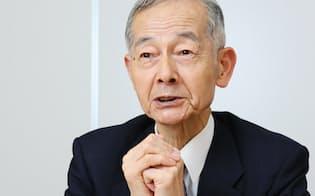 須藤正彦氏