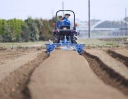 IT技術を使い作業を効率化する農機が増えている