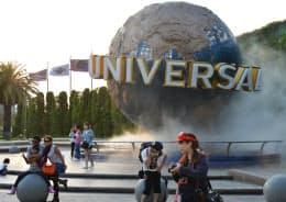 USJは14年度の入場者数が過去最高を記録した(大阪市)