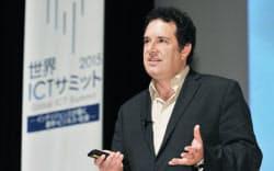 講演する米コーネル大のホッド・リプソン教授(9日午前、東京・大手町)