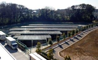 地球クラブは4月から電力供給を始めた(日本生協連の流通センターに設置した太陽光発電設備)