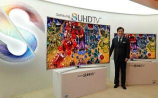サムスン電子は薄型テレビで日本勢を追い抜き、世界シェア首位を守っている(2月、ソウル市内)