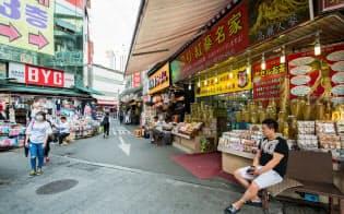 ソウル中心部の南大門市場では日本人客の減少が目立つ