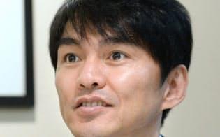 飯田氏は現役時からビジョントレーニングを続け今も選手を指導