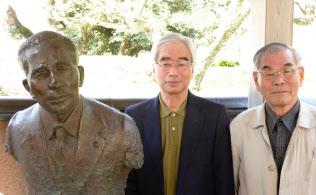 斎藤隆夫記念館には顕彰会の人々がいまも集う(兵庫県豊岡市)