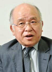 浅田次郎(あさだ・じろう)氏 東京都生まれ。1991年デビュー。著書に「鉄道員」(直木賞)、「蒼穹の昴」、「壬生義士伝」など。2011年日本ペンクラブ会長。63歳。