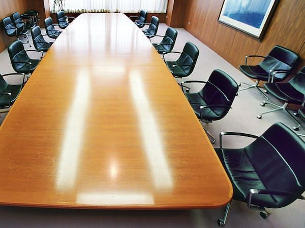 社外取締役は、経営トップを監督できる人材かが問われる