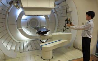 導入に50億円以上かかる粒子線治療は効果を検証の段階(国立がん研究センター東病院、千葉県柏市)