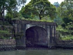 大阪砲兵工廠荷揚げ門(大阪市中央区)