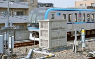 三菱電機が開発した駅舎補助電源装置