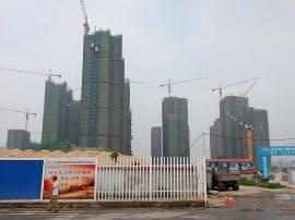中国の「中央経済工作会議」は銀行貸し出しや企業の資金調達の伸びを圧縮する方針を示した