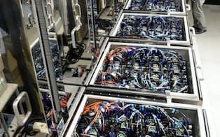 世界一の省エネ性能を持つスパコン「菖蒲」(埼玉県和光市の理化学研究所)