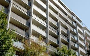 横浜市の傾斜したマンション