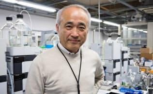 ペプチドリームの窪田規一社長。1953年東京都生まれ。日産自動車を経て、1978年に医療関連の検査会社スペシアルレファレンスラボラトリー(現エスアールエル)に入社。2000年にDNAチップ開発のJGS(ジェー・ジー・エス)を立ち上げる。2001年にJGS社長就任。2006年7月にペプチドリームを設立。2013年6月にマザーズ上場