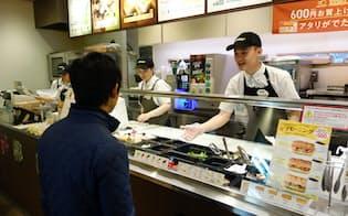 日本サブウェイではアルバイトにベトナムなどからの留学生を採用(東京都千代田区)