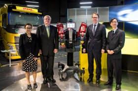 DHLは9日、シンガポールに物流技術の開発拠点を開いた