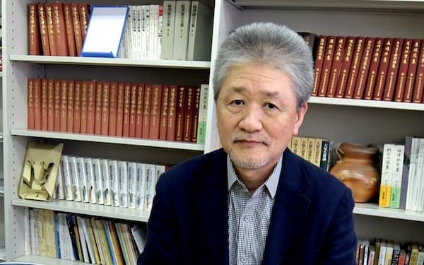 伊井直行・東海大教授