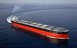 ばら積み貨物船は大型の使用料が小型より安い逆転現象となっている