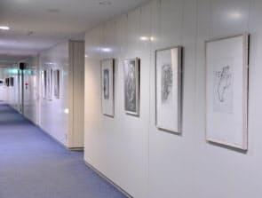 ドイツ銀行コレクションから約300点を東京オフィスで展示