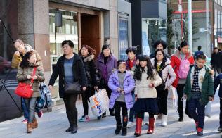 訪日外国人の消費の裾野は広がっている(1月、東京都中央区銀座)