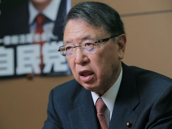小泉政権の医療制度改革で、丹羽氏は政府との調整にあたった