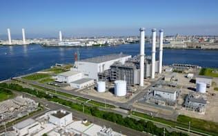 出力を5割増強した東京ガスと昭和シェル石油のガス火力発電所「扇島パワーステーション」(横浜市)